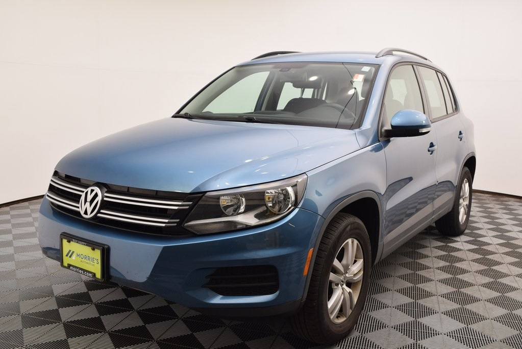 Certified Pre-Owned 2017 Volkswagen Tiguan S 4Motion AWD